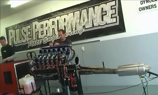 six rotor engine starting up on a dyno