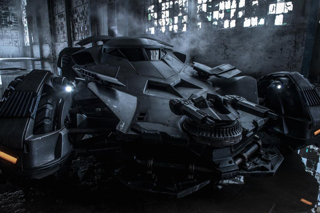 BatmanVSuperman_Batmobile_9-10-14_small