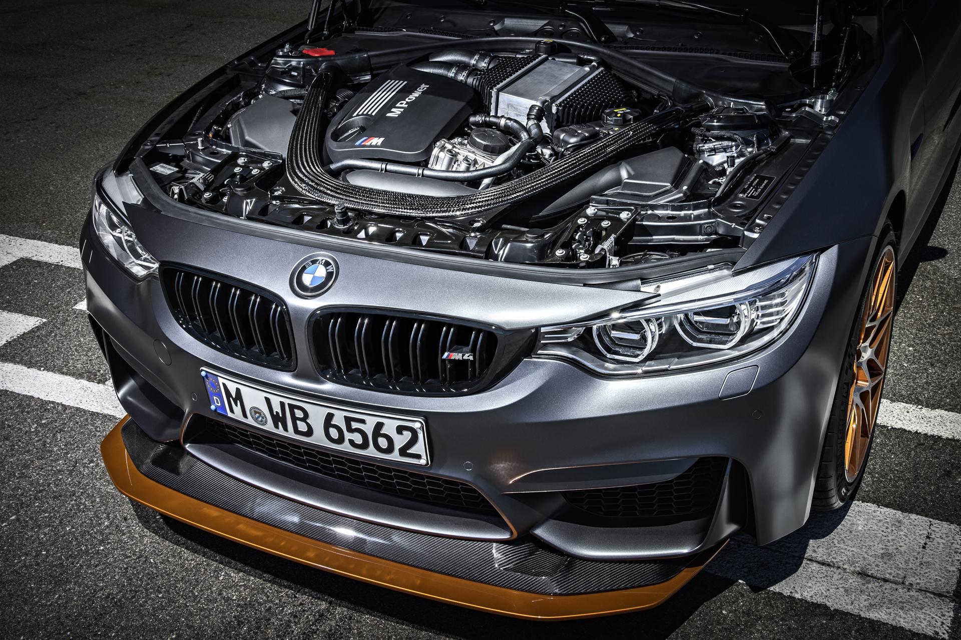 BMW_M4_GTS_21