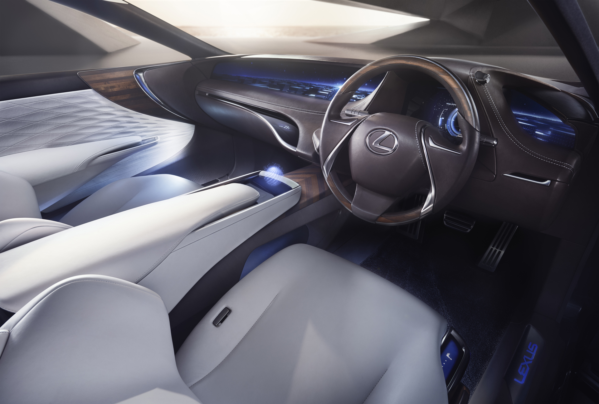 Lexus_LF_FC_Concept_15