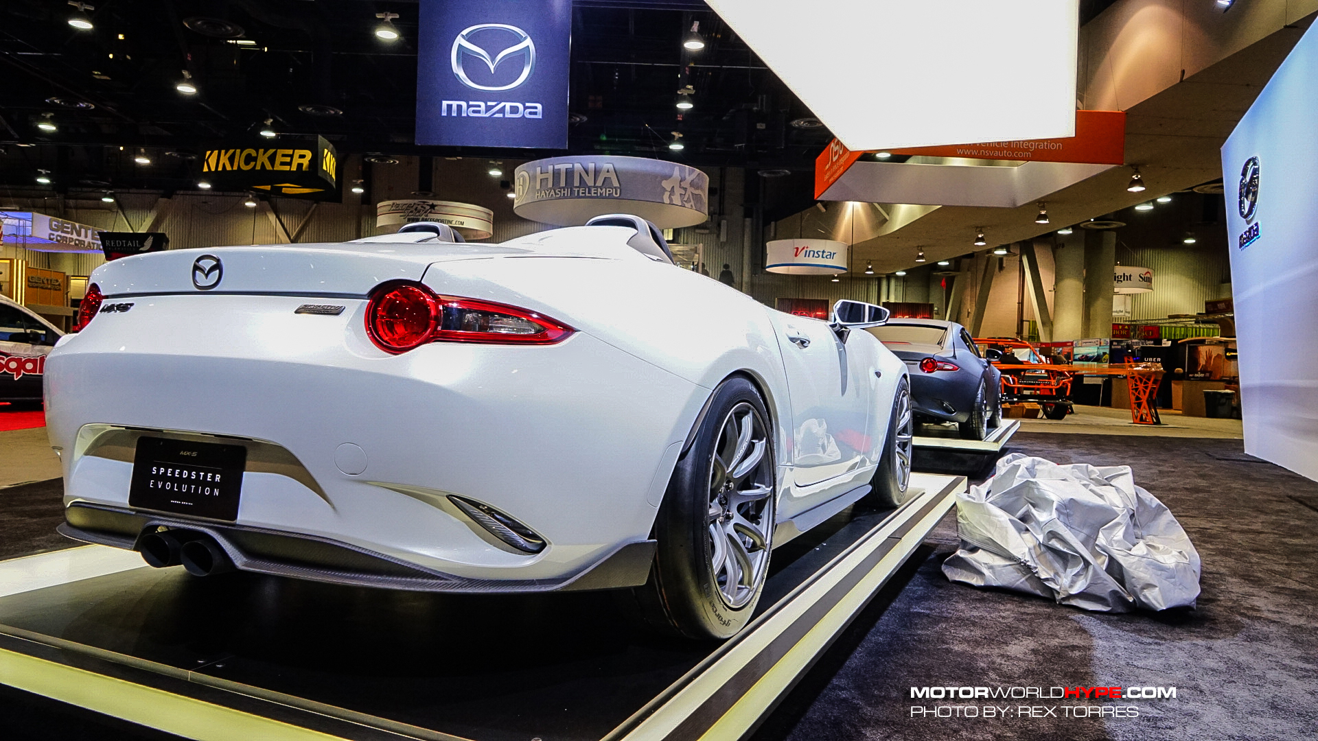 SEMA 2016: MX-5 Speedster Is Super Light! | MotorworldHype