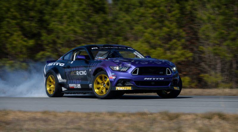 2017-RTR-Motorsports-Vaughn-Gittin-Chelsea-DeNofa-test-24