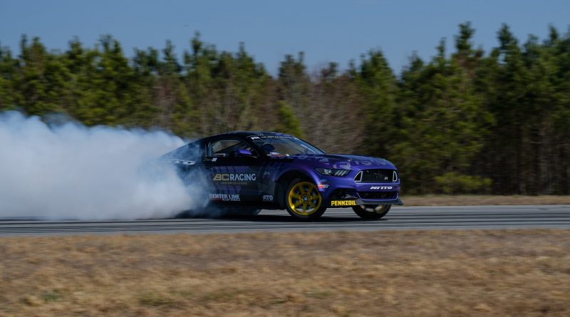 2017-RTR-Motorsports-Vaughn-Gittin-Chelsea-DeNofa-test-25