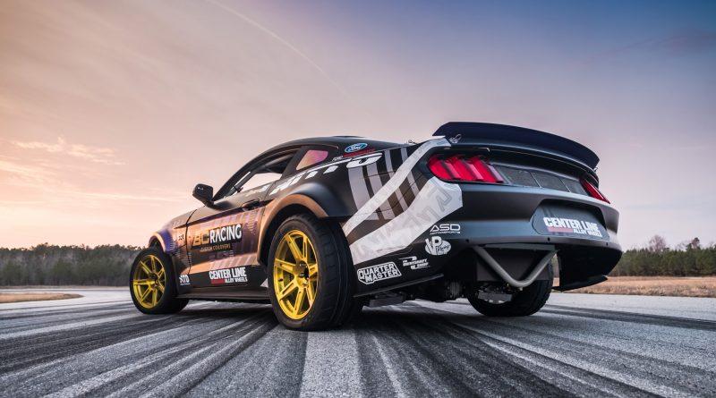 2017-RTR-Motorsports-Vaughn-Gittin-Chelsea-DeNofa-test-27
