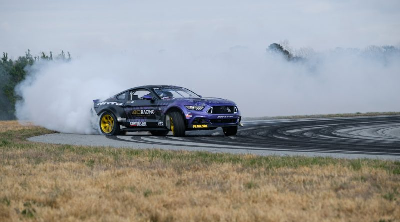 2017-RTR-Motorsports-Vaughn-Gittin-Chelsea-DeNofa-test-31