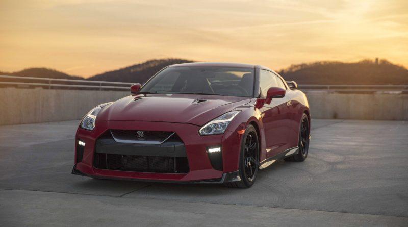 2017_Nissan_GT_R_Track_Edition_08