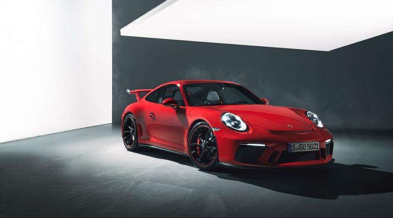 2018_Porsche_911_GT3_1