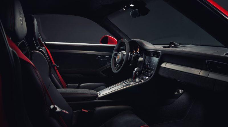 2018_Porsche_911_GT3_3