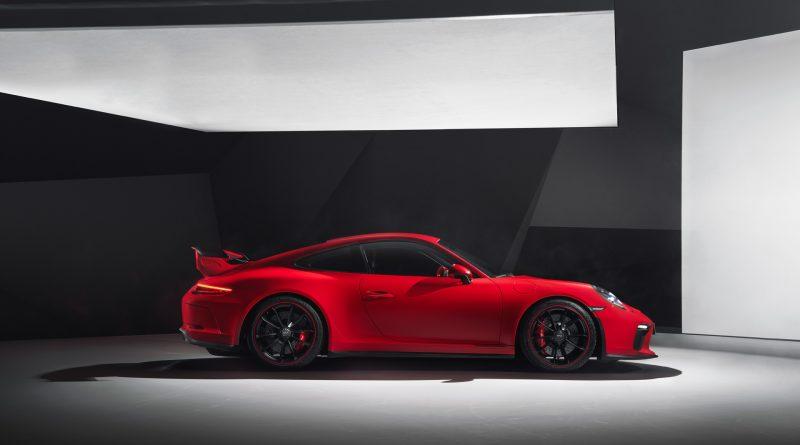 2018_Porsche_911_GT3_5