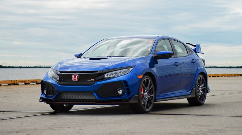 2017_Honda_Civic_Type_R_Vin01_4