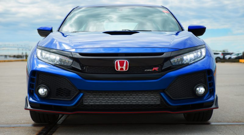 2017_Honda_Civic_Type_R_Vin01_7