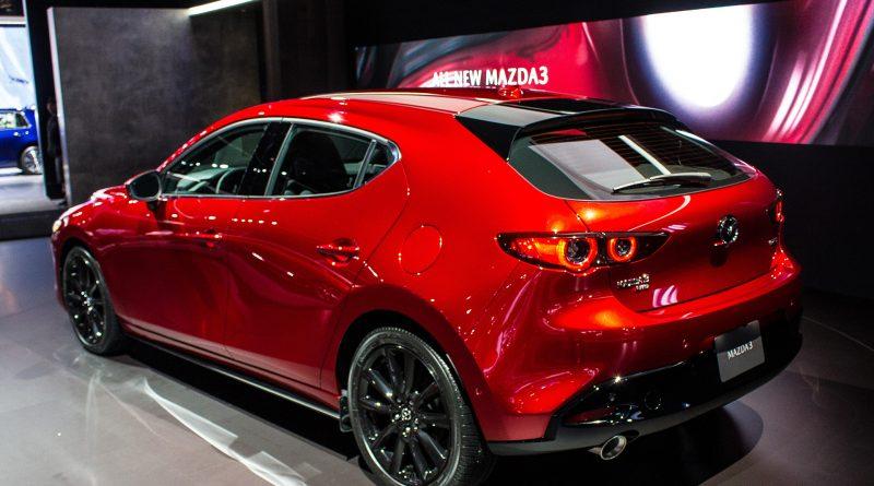 LA Auto Show 2018: 2020 Mazda3 Hatchback and Sedan (Video ...