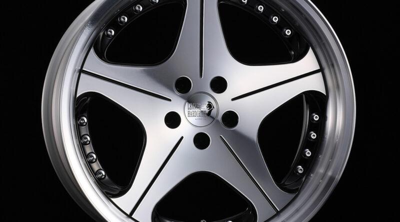 Leon Hardiritt Orden wheel in black polish finish