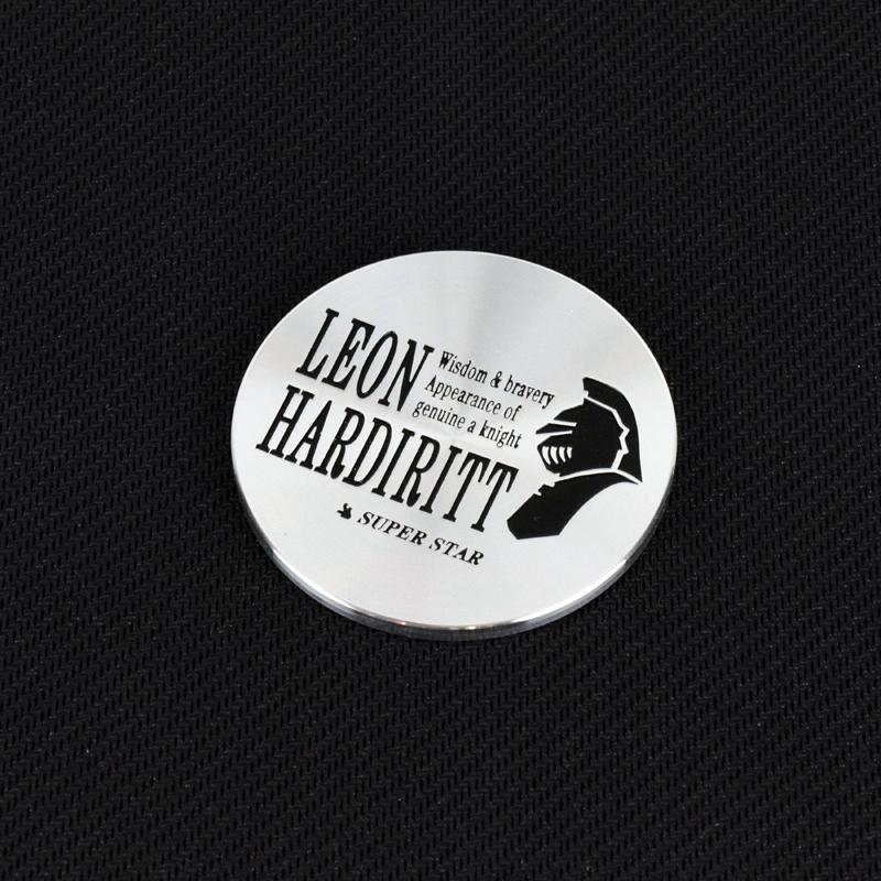 Leon Hardiritt center cap with knight logo in black