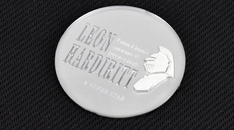 Leon Hardiritt center cap with Knight logo in silver finish
