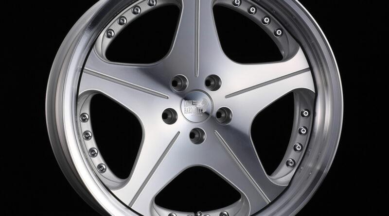 Leon Hardiritt Orden wheel in silver polish finish