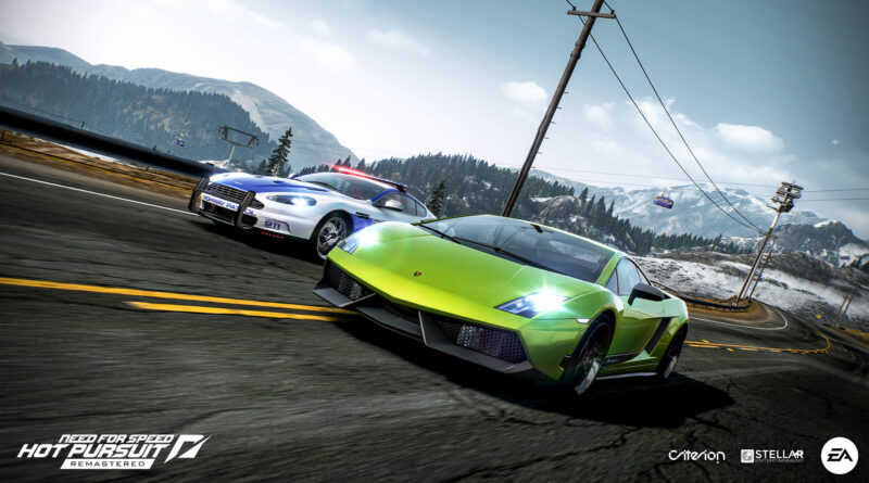Need For Speed Hot Pursuit Remastered Lamborghini Gallardo chased by Aston Martin police car