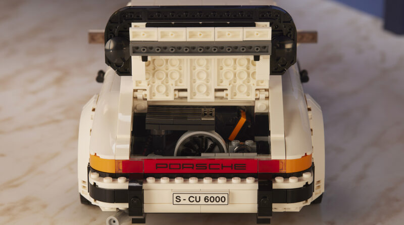 A look at the engine bay from the new LEGO Porsche set 10295.