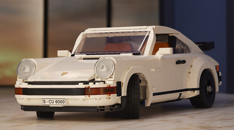 LEGO reveals new Porsche set 10295 based on the classic 911. This kit can be made into a 911 coupe or 911 Targa top.