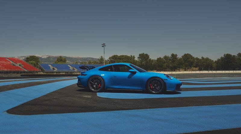 2022 Porsche 911 GT3 side view