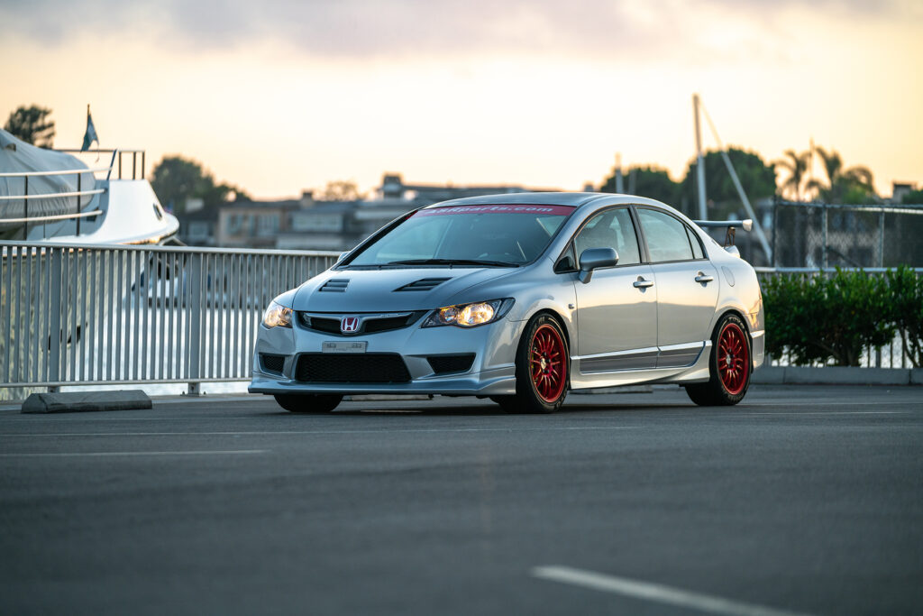 Charleston Ong's 2009 Honda Civic Si with Civic Type R conversion