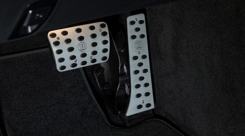 Brabus 800 interior pedal set