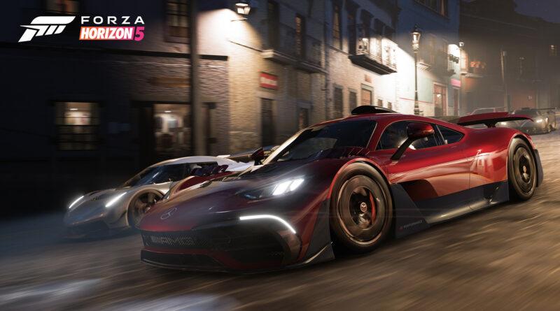 Forza Horizon 5 Mercedes-AMG Project ONE racing a Koenigsegg Jesko at night